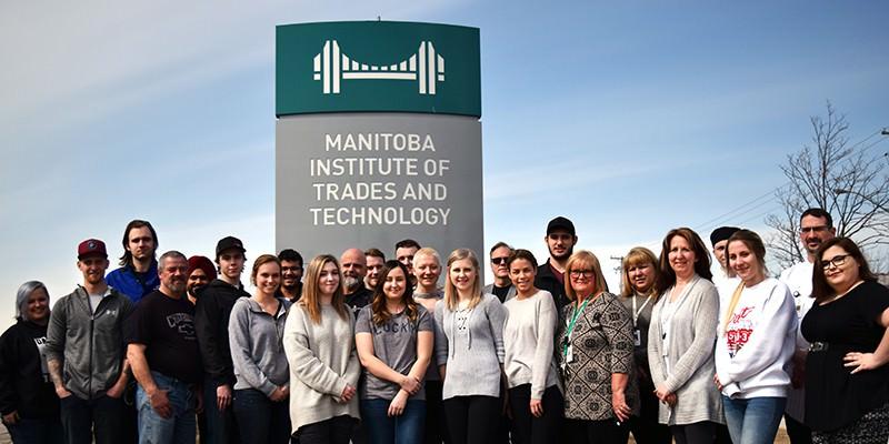 Những lý do nên chọn Học Viện Thương Mại và Công Nghệ Manitoba