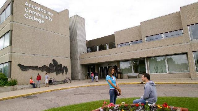 Những Lý Do Nên Chọn Cao Đẳng Cộng Đồng Assiniboine