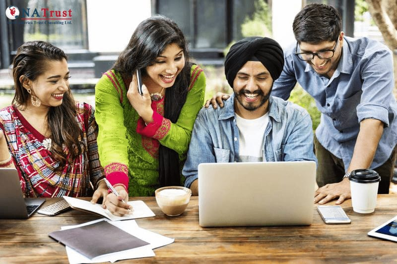 Indian students studying in Canada 1579530469621 min