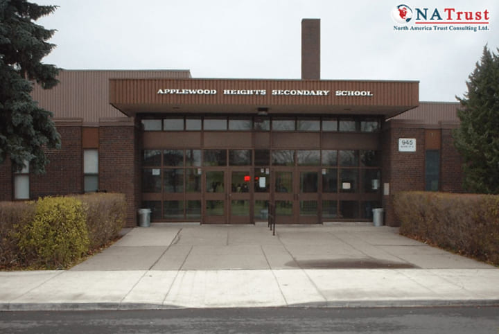 Du Học Canada THPT Applewood Heights Secondary School